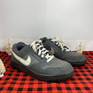Nike Kids Delta Force Low GS Athletic Shoes Gray